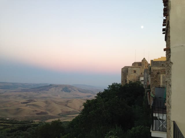 A medieval hill-top gem in beautiful Basilicata - Irsina - Villa
