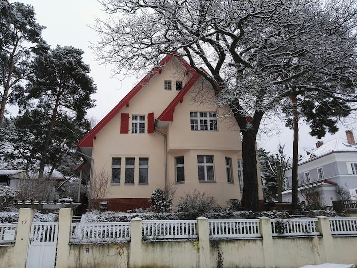 Historical Villa in Babelsberg