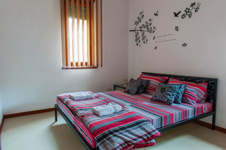 Room No 3 in Belgrade Hills Villa - Beograd - House