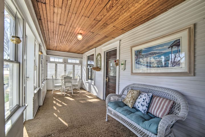 Centrally Located Fruita House w/ Yard and Porch!