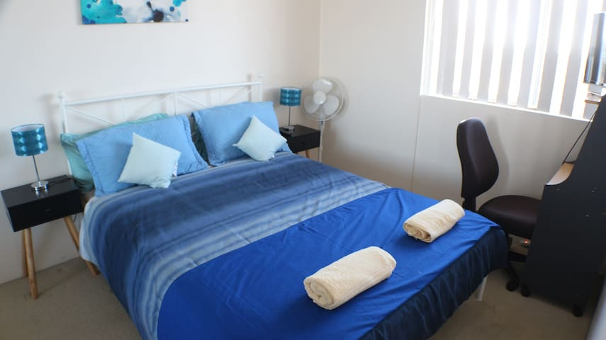 Beautiful Room Close to Beach and Airport - Brighton-Le-Sands - Appartement