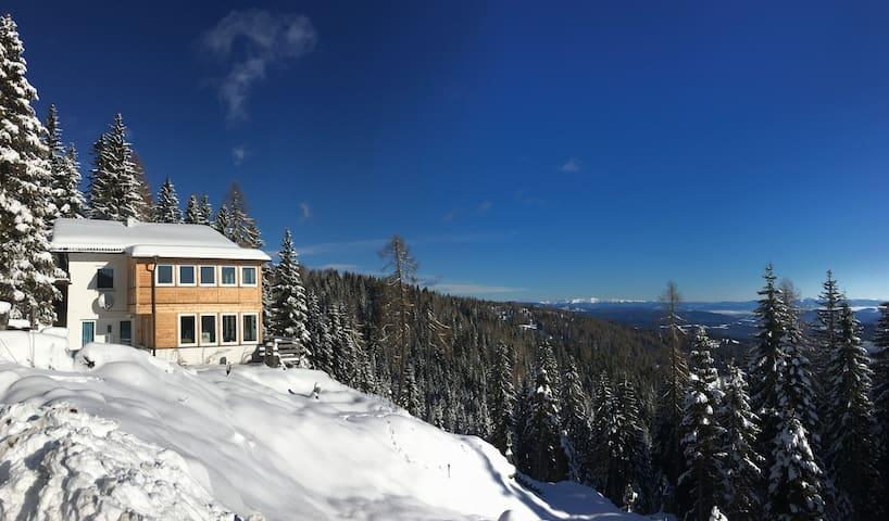 Beautiful chalet-apartment - 5 min to ski slopes