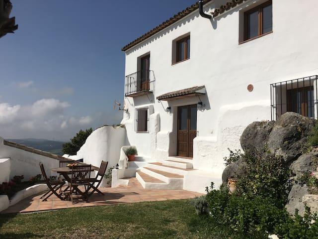 Spectacular Andalusian house in Casares, Malaga - Casares - Casa