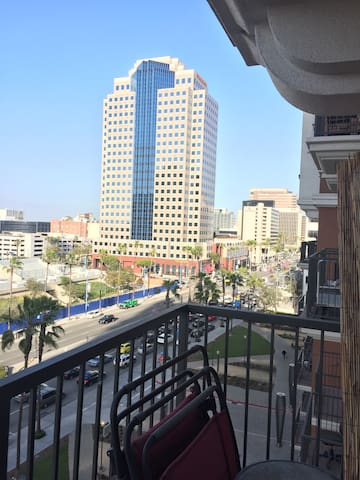 Room in Downtown Long Beach w/ Parking - Long Beach - Appartement