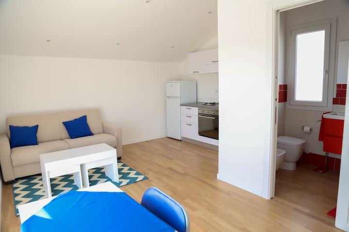 Monolocale con terrazza panoramica (zona mare) - Cagliari - Apartment