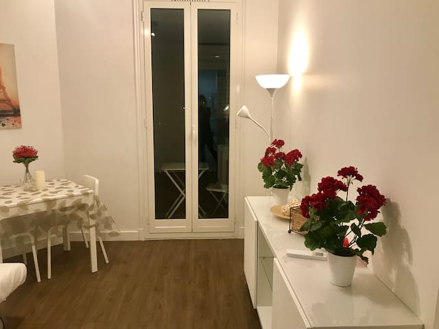 SEA VIEW APARTMENT 3 MIN FROM MONACO STATION
