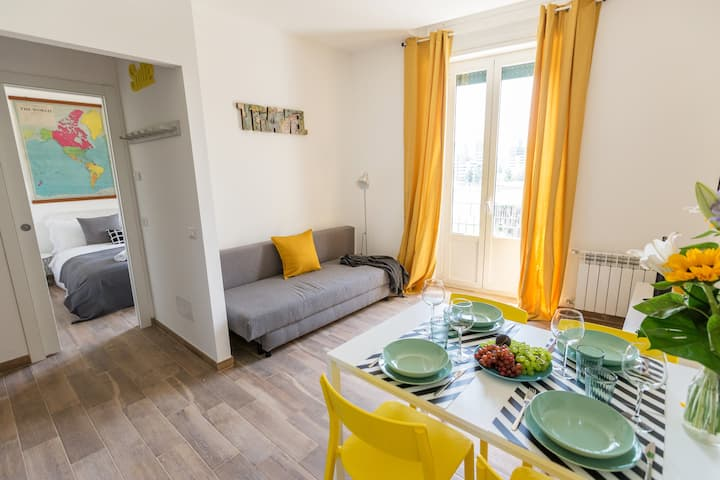 Viale Certosa brend new apartemnt with balcony!
