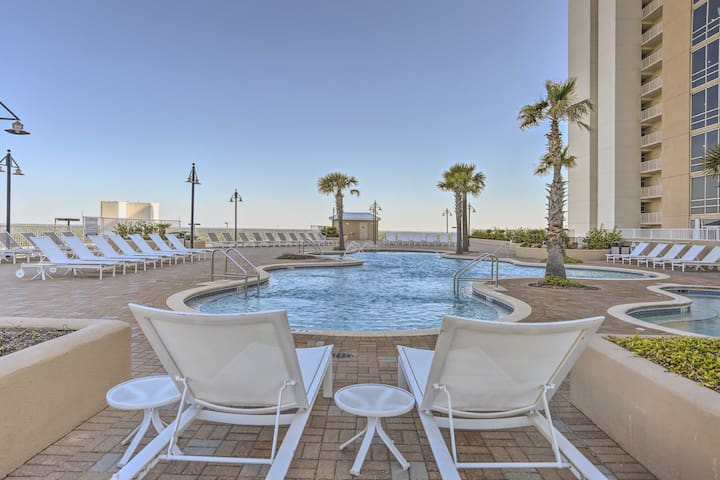 Resort amenities add a touch of luxury to your beach trip for 8!