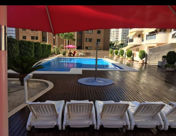 PISCINA, AIRE, GARAJE, TV LED WIFI, - La Vila Joiosa/Villajoyosa - Apartmen