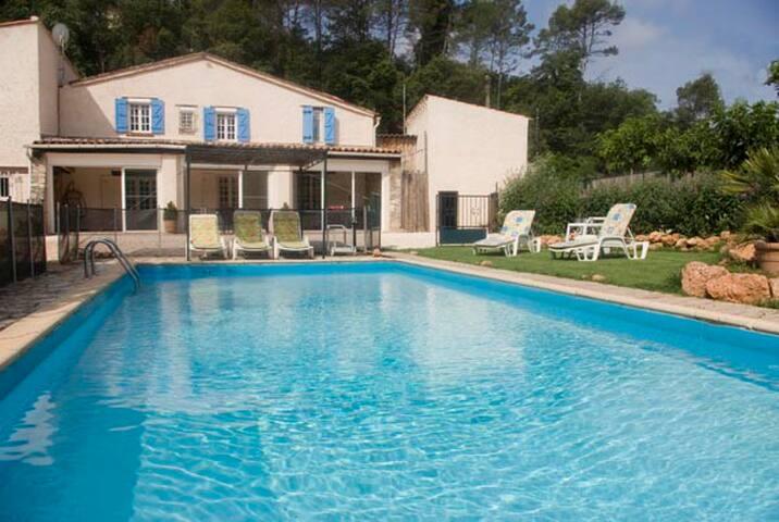 La pastourelle une villa, authentique, chaleureuse - Flassans-sur-Issole - House