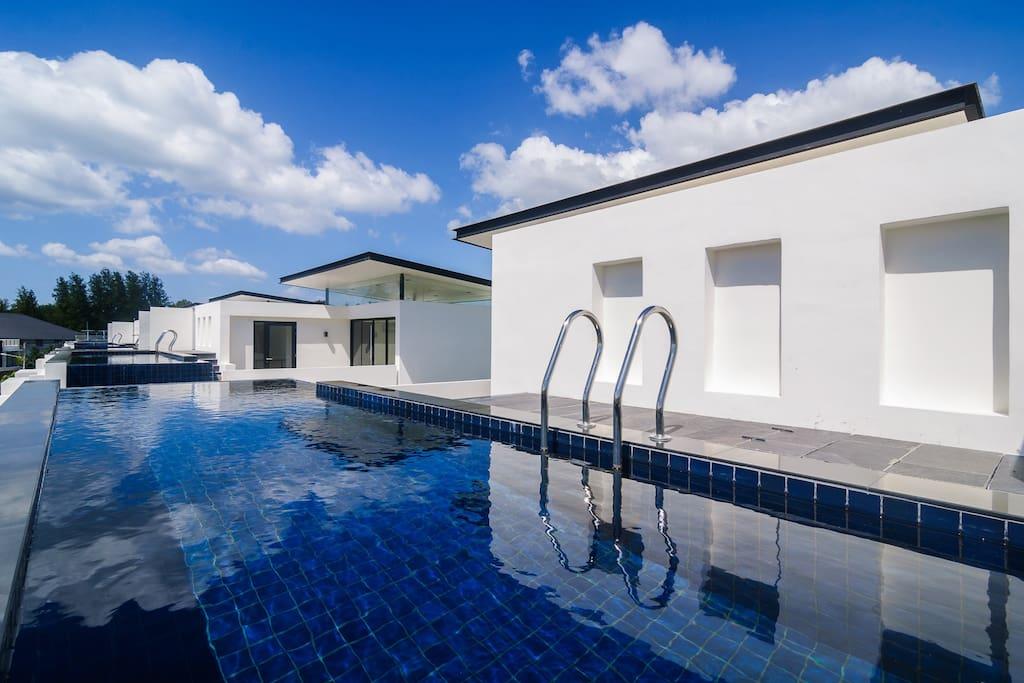 pool/бассейн на крыше