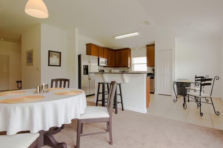 Zephyrhills/Luxury house in Lake Bernadette Golf - Zephyrhills - Rumah