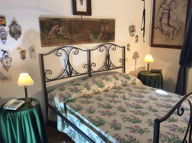 Aphrodite Classic suite con terrazza - Sant'Omero - Villa