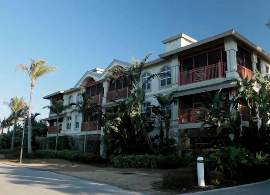 2 Bedroom Beach Villa South Seas