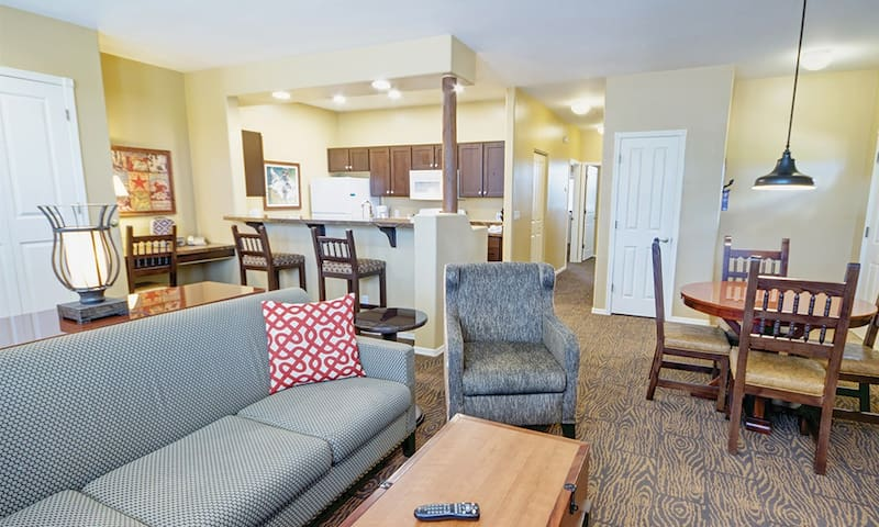 Comfy 2 bedroom Bison Ranch