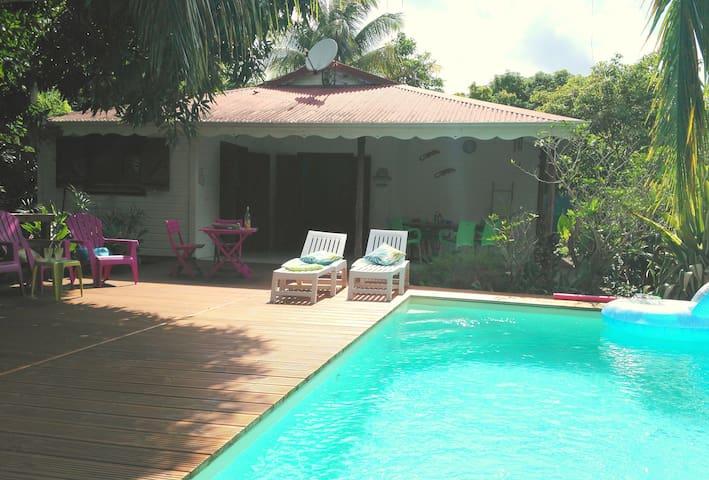 3 chbres, piscine privée - 8 min des plages - Sainte-Anne - Villa