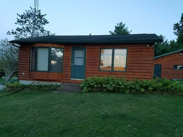 Beautiful LAKE front summer home! Come & RELAX-