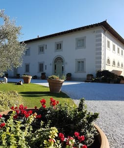 Luxury villa in the hills of Florence - Signa