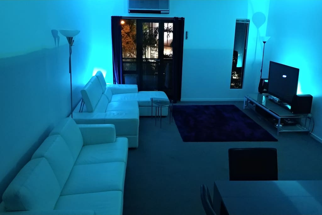 Lounge / Dining / Mood Lighting