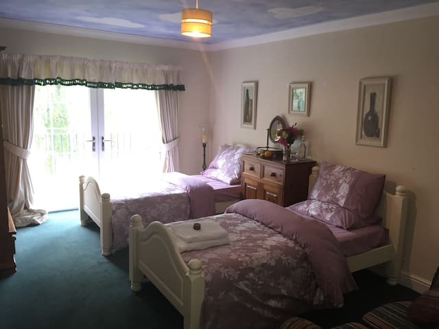 Dodford Grange Bed & Breakfast
