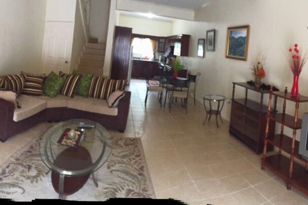 2 Bedroom Town Home In Mandeville Houses For Rent In Mandeville Manchester Parish Jamaica