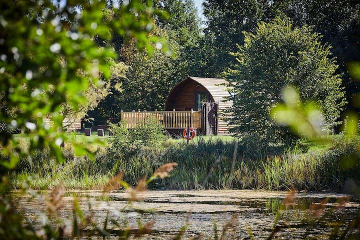 Wigwam Lodge, Fully Accessible, near York
