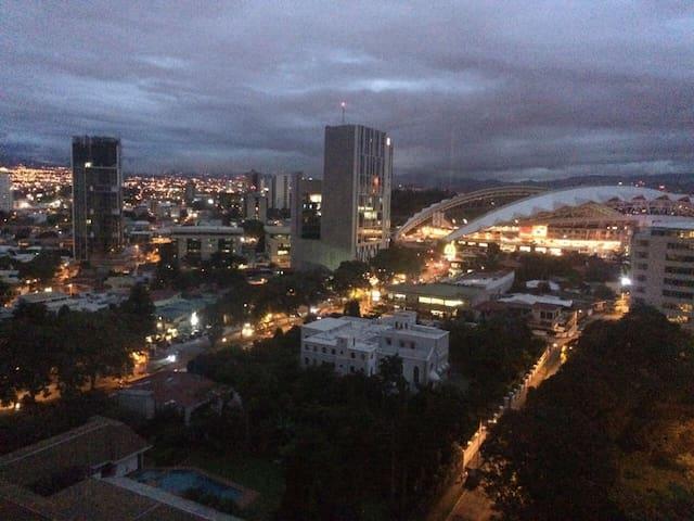 Great full apart to enjoy San Jose - San José - Apartamento