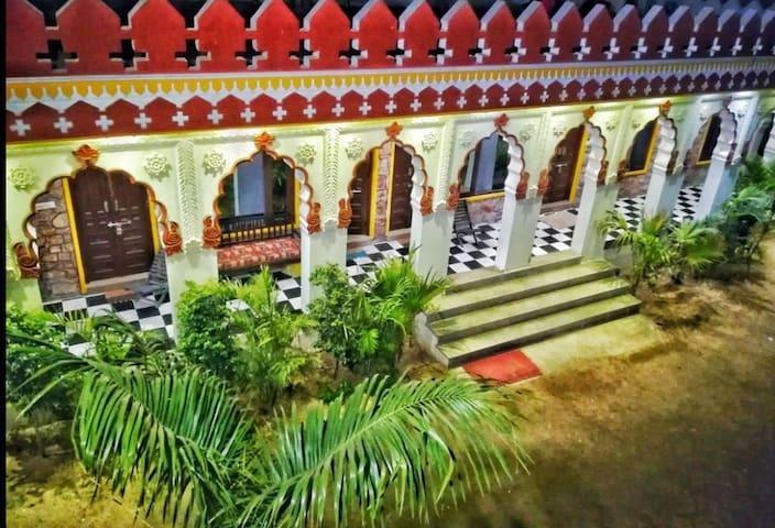 Deluxe Cottage at Resort in Pushkar 6