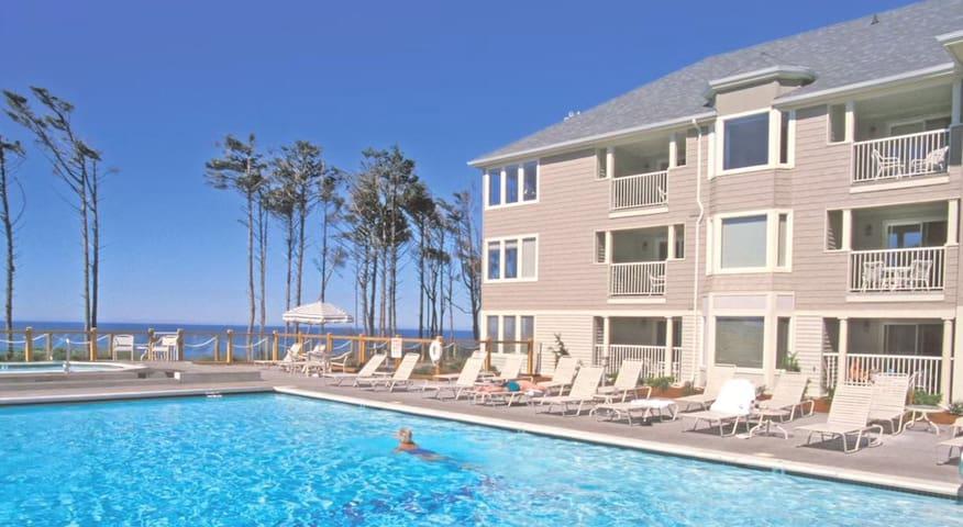 Gleneden Premium Condo Sleeps 4-5 - Lincoln Beach