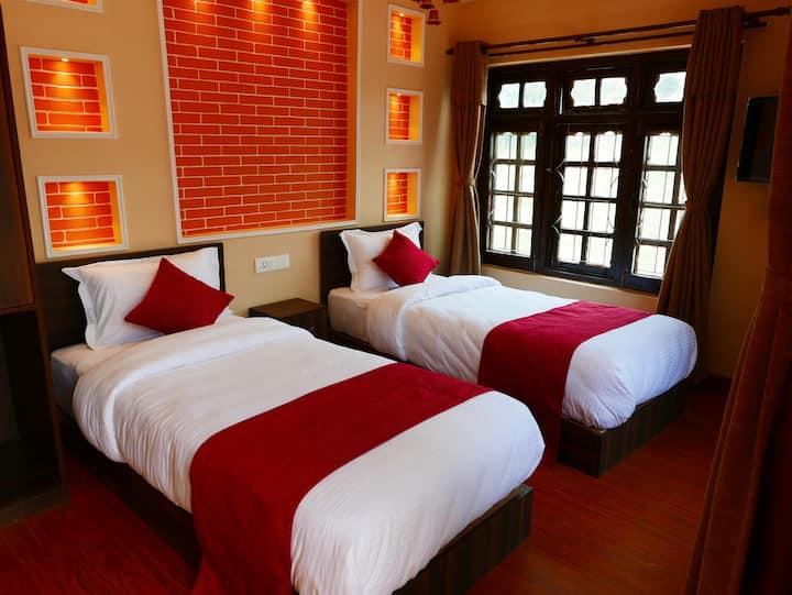 Asian Heritage Inn & Bistro - Twin room + balcony