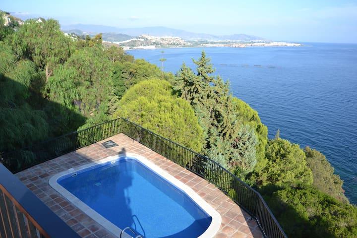El Palmito, maravillosas vistas como en un barco - Salobreña - Villa