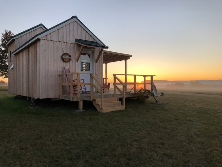 Tiny House near Sussex, NB Fundy Trail & Poley Mtn