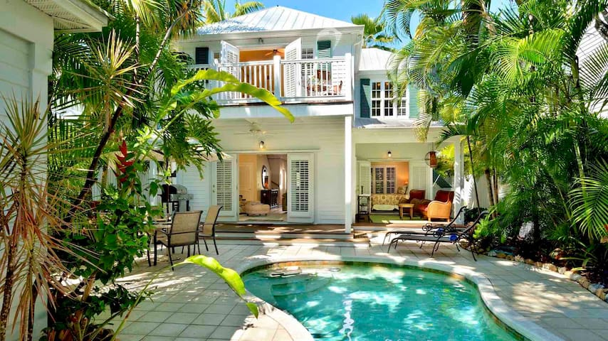 **BAHAMIAN BAMBOO @ THE ANNEX**  Chic Home By Duval & Beach + LAST KEY SERVICES...