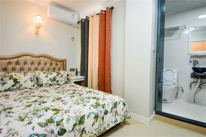 武汉站,欢乐谷,玛雅海滩,温馨大床房