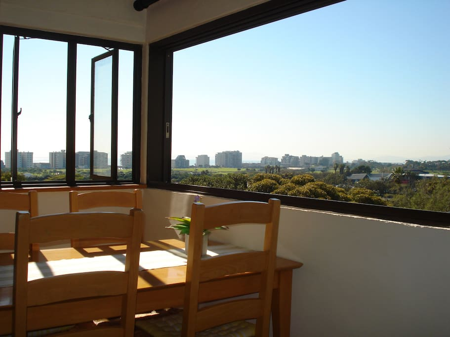 Enjoy your breakfast with awesome views!