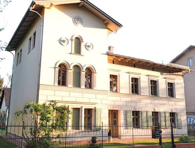 Comfortable living in Villa at Park Sanssouci