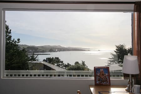 Bodega Bay Views! Sunny Beach House - 博德加湾(Bodega Bay) - 独立屋