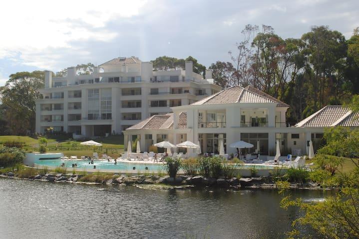 APTO GREEN PARK SOLANAS (4PAX) - Punta Ballena - Apartment