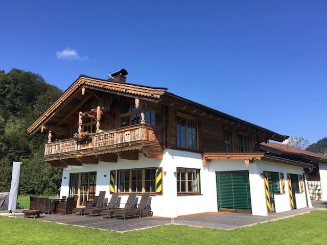 5***** Chalet Kitzbühel area -8pax - Kössen - Faház