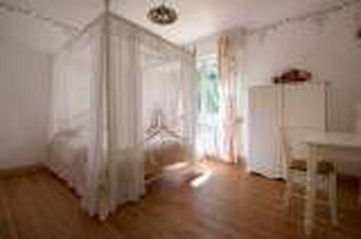 La Maison aux fleurs - Hernicourt - Bed & Breakfast