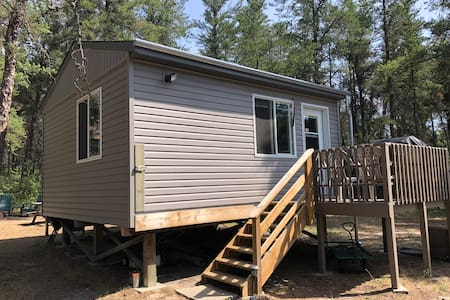 **CABIN RENTAL** COZY, AFFORDABLE, LESTER BEACH**