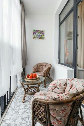 Уютные апартаменты в Жемчужине. - Sankt-Peterburg - Lägenhet