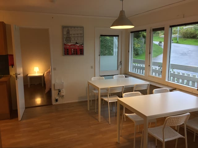 Göteborg: Four rooms house for 10-11 people