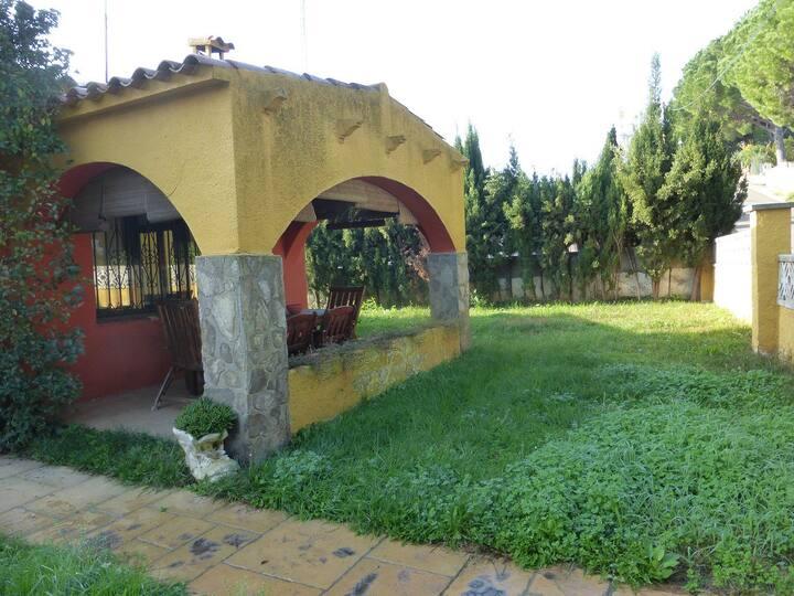 VILLA PUIG SEC- 3 dorm. y jardin privado
