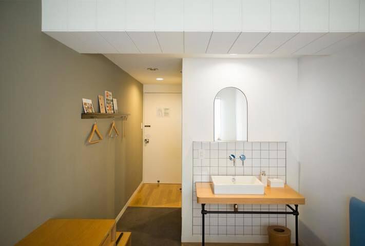 コンパクトにまとまったお部屋 Simply designed room.