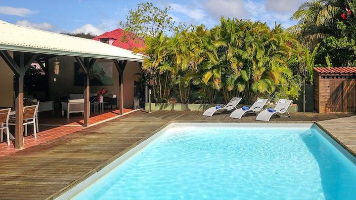 Villa avec piscine proche plage - Pointe marin