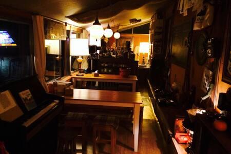 카페/민박 두들마을家