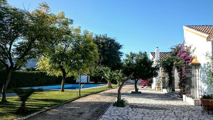 Stunning Andalusian Villa Retreat - Lora de Estepa - Casa de camp