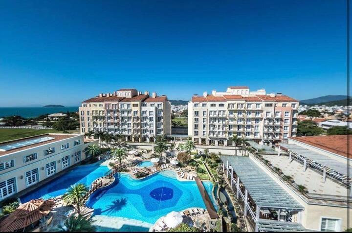 Luxuoso resort cinco estrelas em Jurerê Internacional