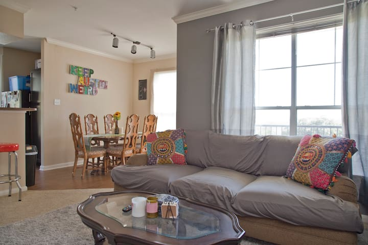 The perfect SXSW apartment